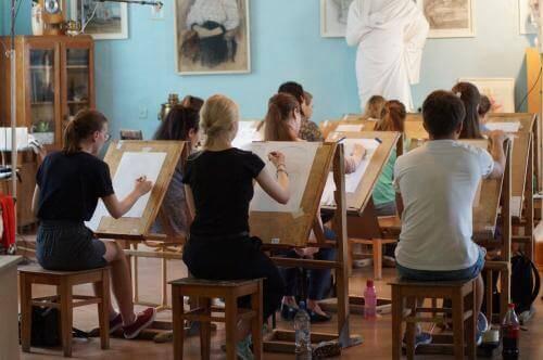 Национальный институт художеств и дизайна имена Камолиддин Бехзод